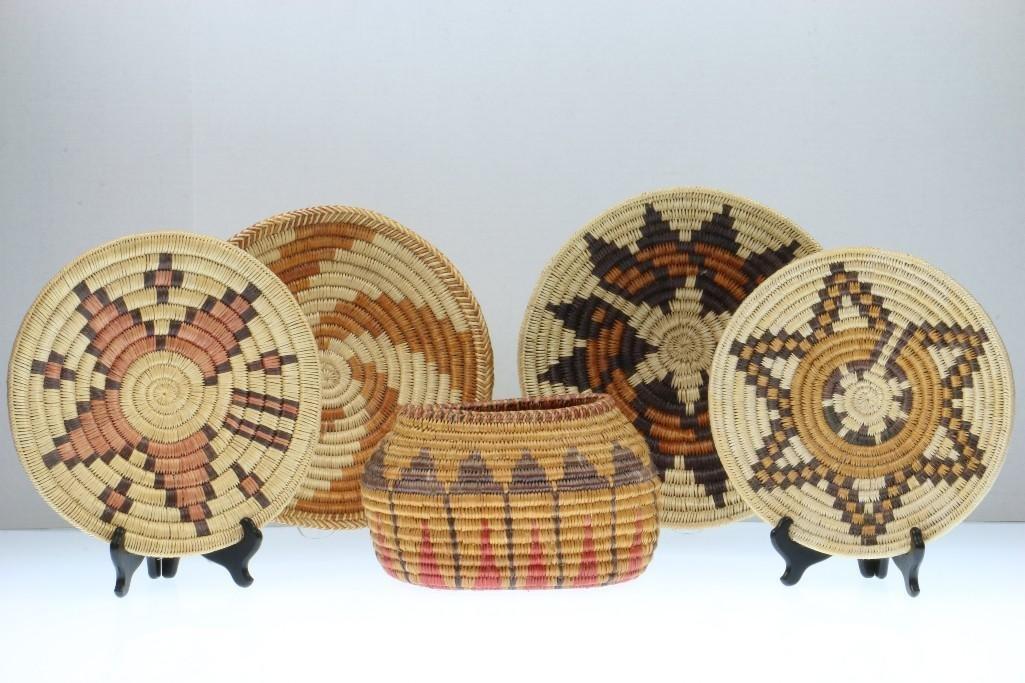 Five Navajo baskets - 2