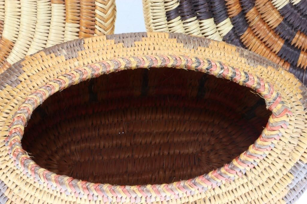 Five Navajo baskets - 5