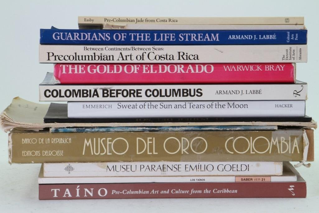 Fourteen books and journals on pre-Columbian art of Cen - 2