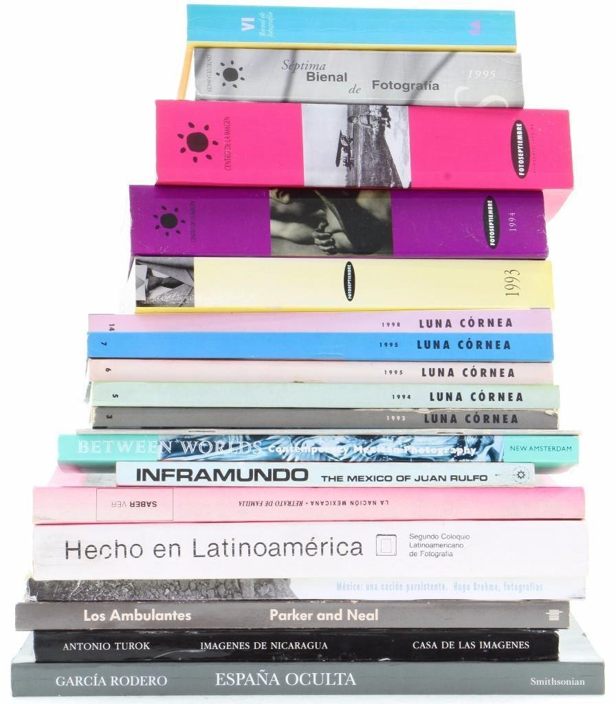 Nineteen Mexican and other books on Latin American phot - 2