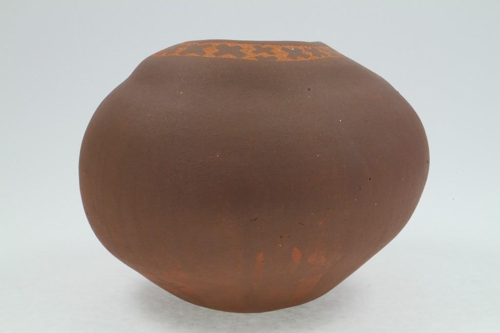 Santa Clara sgraffito jar - 3