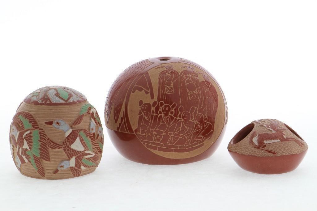 Three Santa Clara sgraffito miniatures - 2