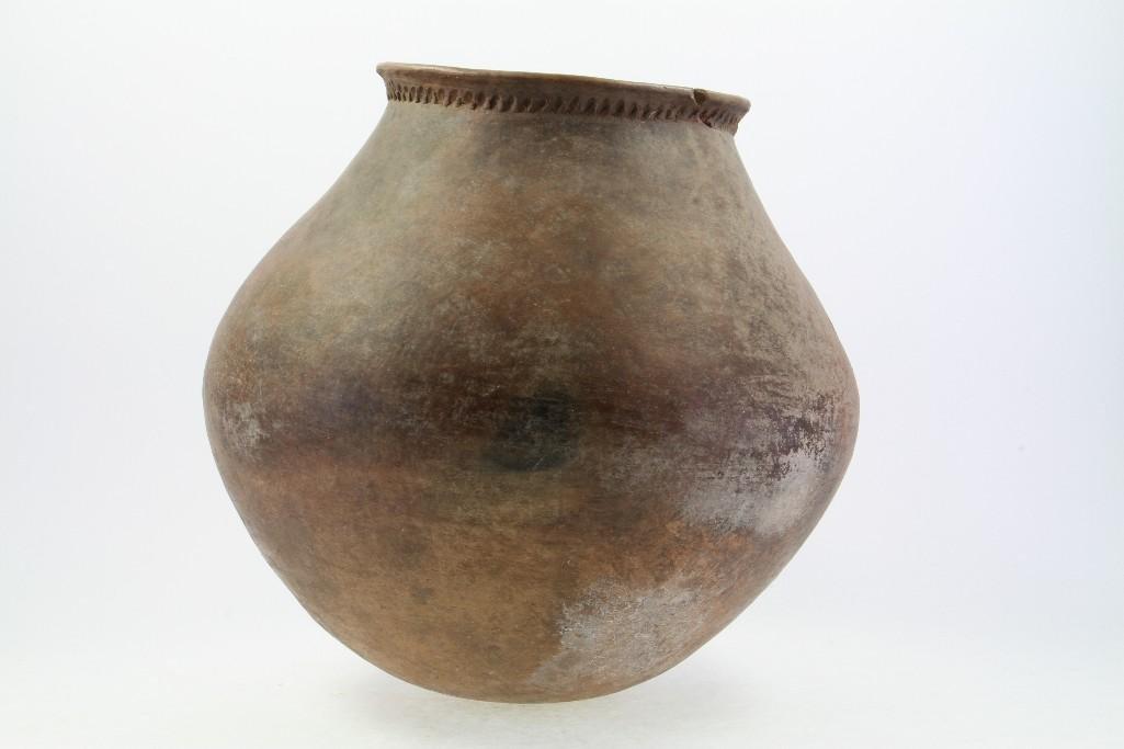 Mojave area prehistoric storage jar - 4