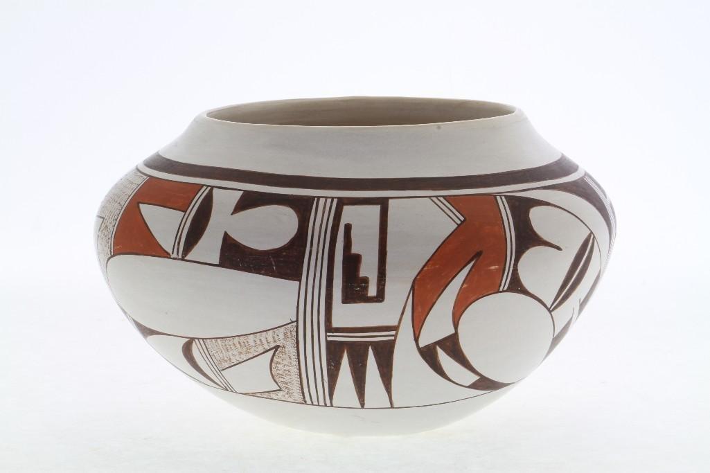 Hopi polychrome jar - 3
