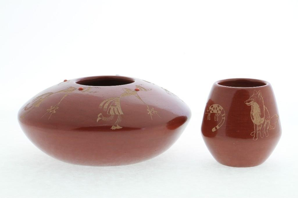 Two Santa Clara redware sgraffito jars - 3