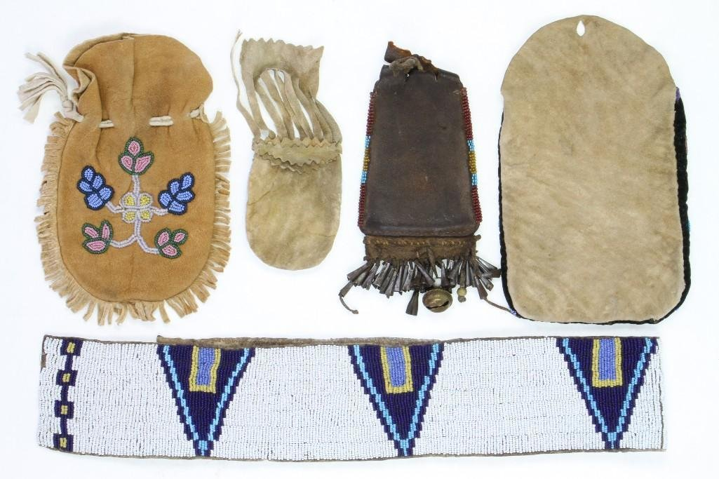 Five Plains or Great Lakes beaded items - 5
