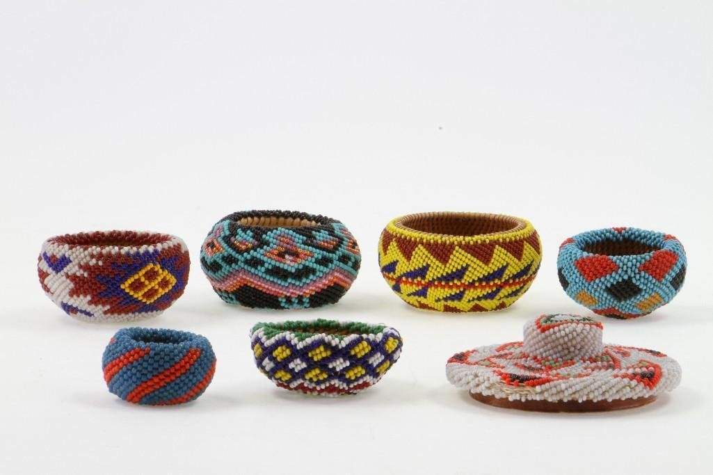 Six Paiute beaded miniature baskets - 3