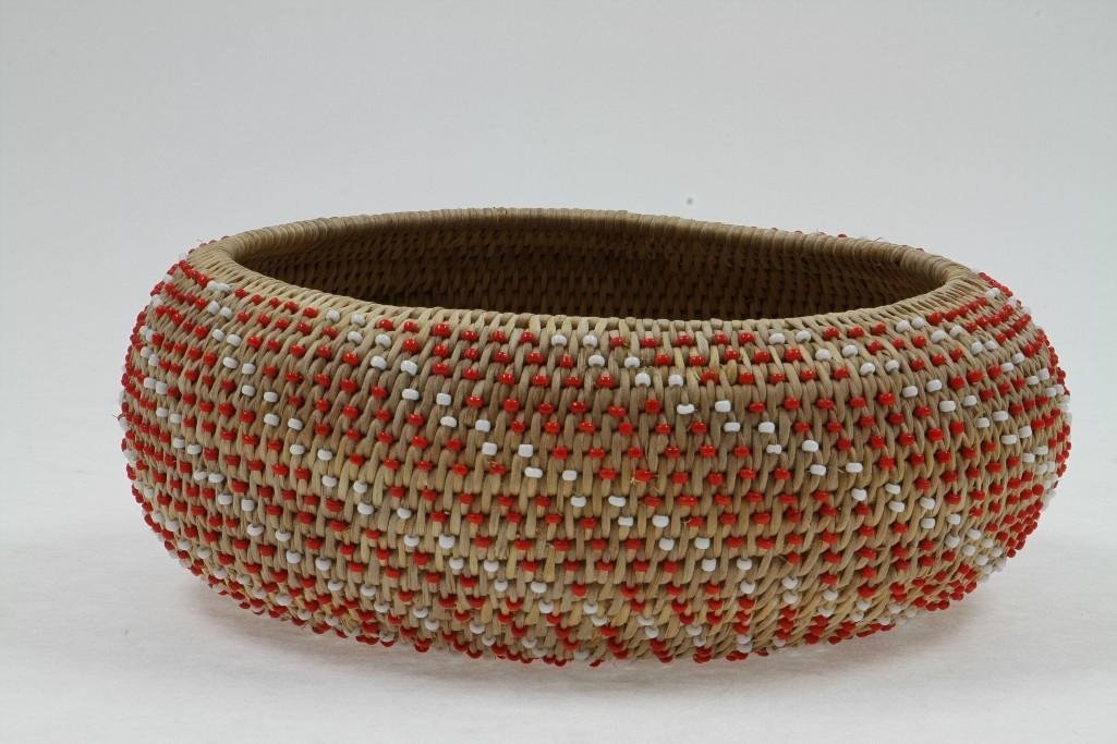 Pomo beaded basket - 5