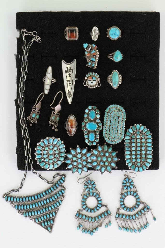 Collection of Navajo, Hopi and Zuni jewelry items - 2