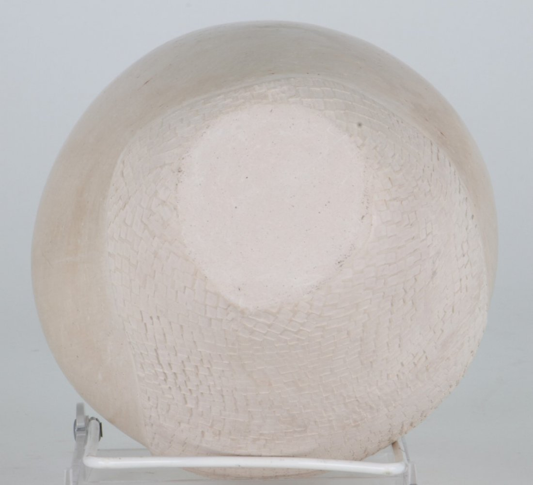 Art pottery vessel - 3