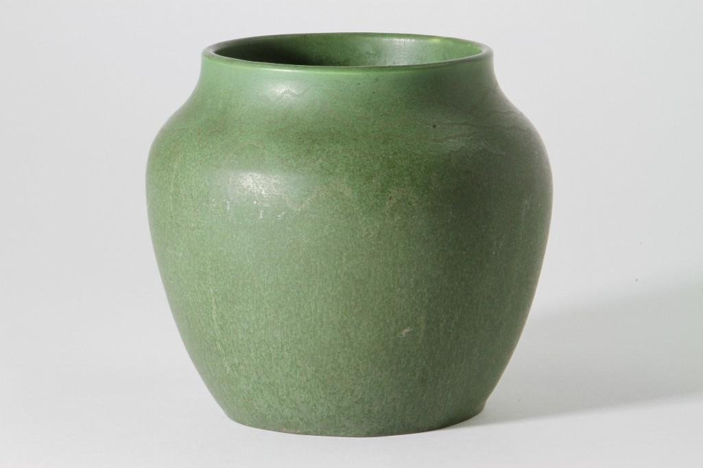 HAMPSHIRE POTTERY VASE - 2