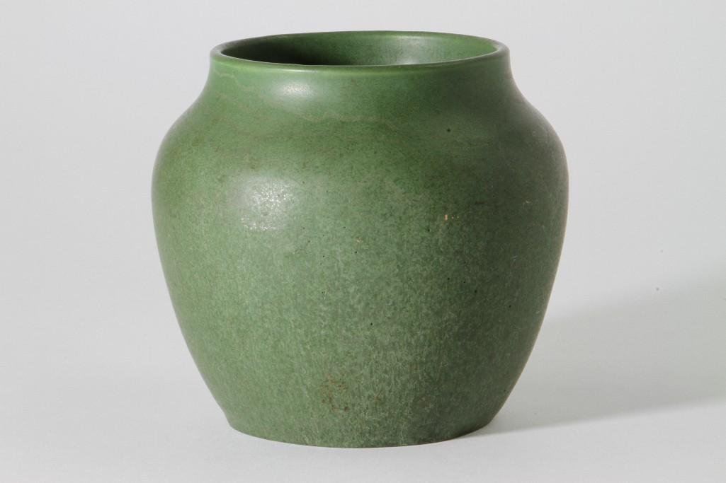 HAMPSHIRE POTTERY VASE - 4