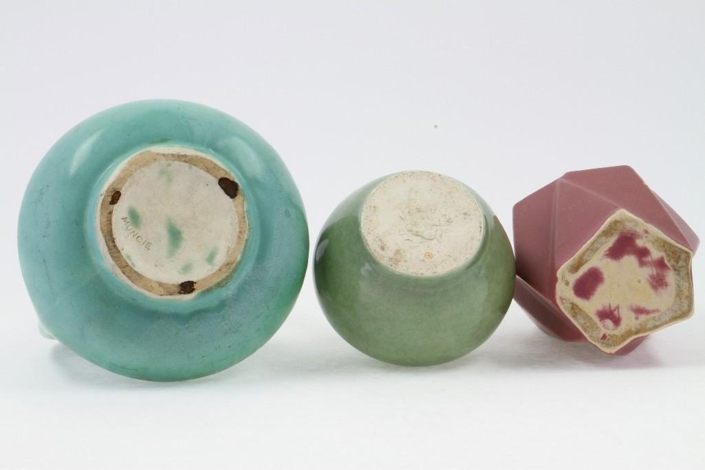 MUNCIE POTTERY RUBA ROMBIC VASE, COVERED JAR & A VASE - 5