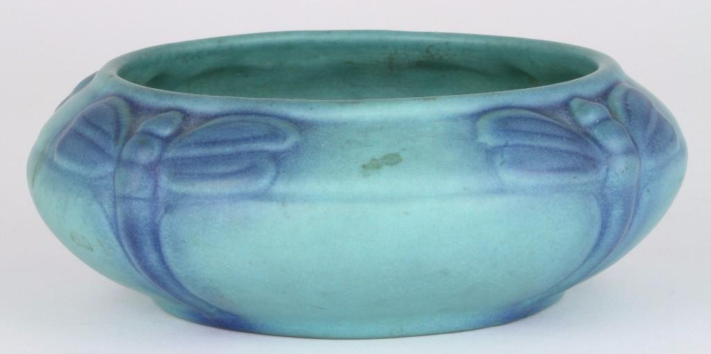 VAN BRIGGLE EARLY BLUE/GREEN ART POTTERY BOWL WITH DRAG - 2
