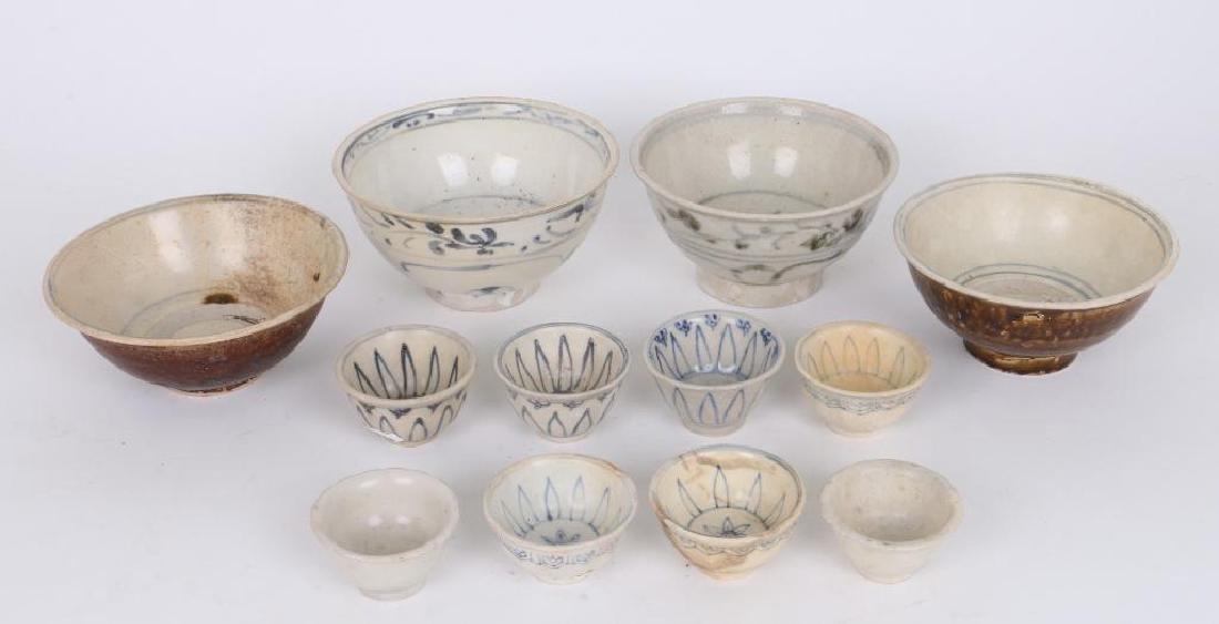TWELVE 15TH/16TH CENTURY ASIAN BLUE AND WHITE CERAMICS