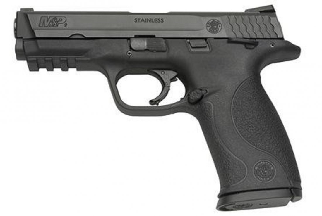 SMITH AND WESSON M&P9 9MM
