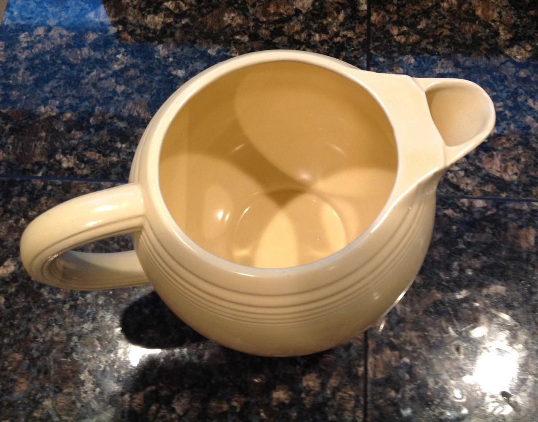 Fiesta Vintage Mid Century Pottery - 4