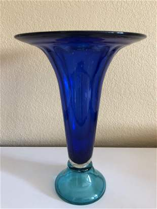 Glass Vase Aquamarine and cobalt