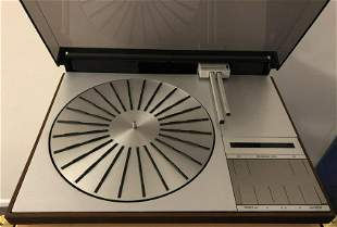 Bang and Olufsen 4002 Turntable (Denmark)