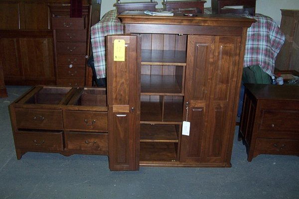 17: Country armoire, walnut, style 5125, 44 1/4wx25dx76