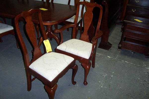 21: Queen Anne side chairs, styles 3118 & 3119, 22wx20d