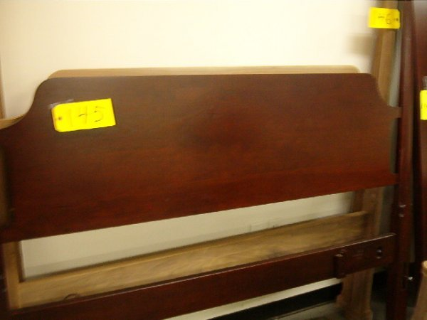 145: Trad. pencil post bed, queen, style 4108, retail 4