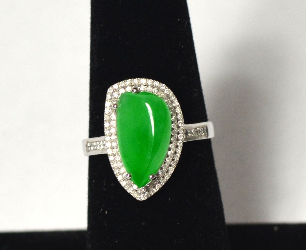 18k White Gold Chinese Natural Jade Ring W Diamonds