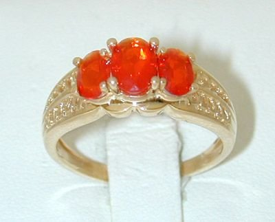 7025: 14K Gold color stone Ring