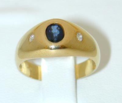 8001: 18K Gold Ring w/ Sapphire/ Diamond