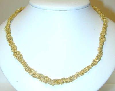 8010: 14K Gold Necklace