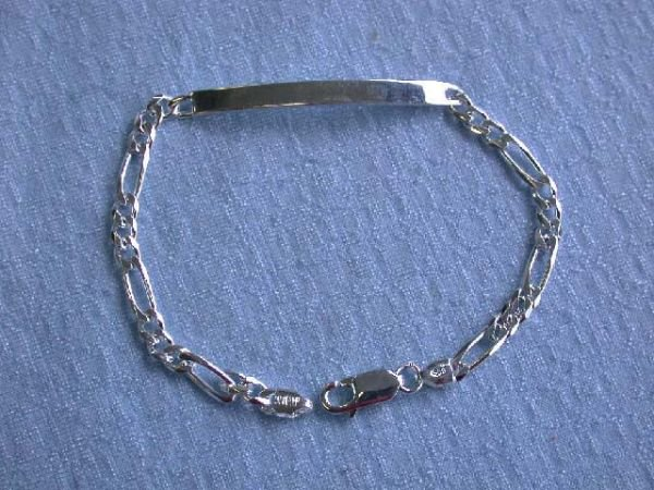 8019: Silver Figaro Chain ID Bracelet (9.0 grams)