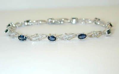 7506: 10K White Gold Diamonds Bracelet w/Sapphires
