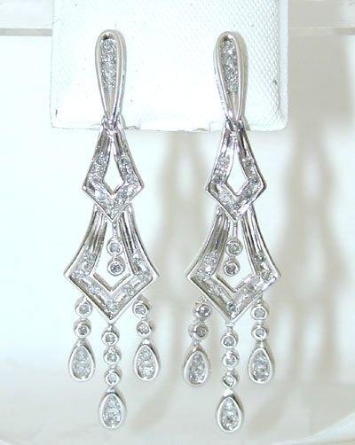 7514: 10K White Gold Diamonds Earrings