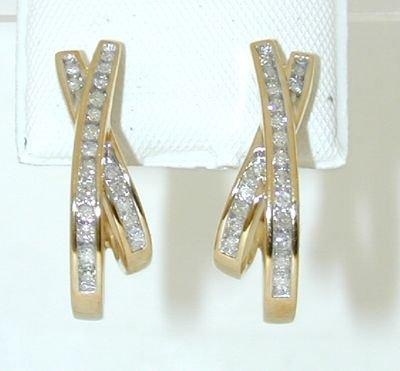 8514: 10K Gold Diamonds Earrings