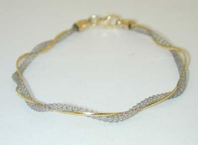 8530: 14K 2 toned Gold Bracelet