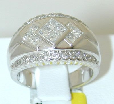 8925: 14K White Gold Invisible set Diamonds Ring