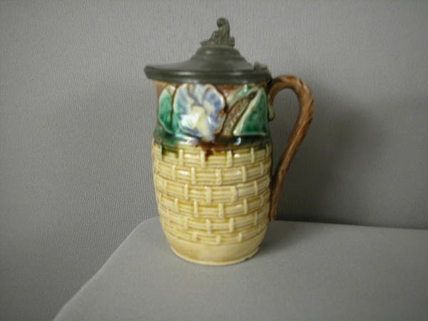 504: Majolica Morning glory and basketweave syrup pitch