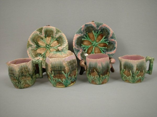 12: Majolica ETRUSCAN shell and seaweed group - 2 cream
