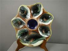1040 Majolica English oyster plate with 6 fish wells