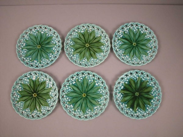 1: Set of 6 majolica lily of the valley plates with ret