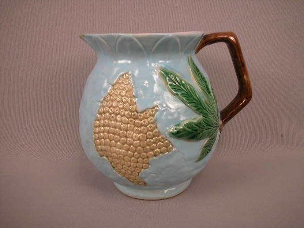 323: Majolica Holdcroft Honey Comb Pitcher