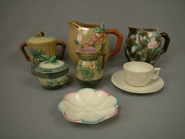 24: Majolica Etruscan Lot of 8 Pieces