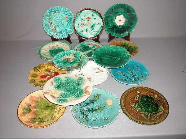 338: Majolica Lot of 16 Plates