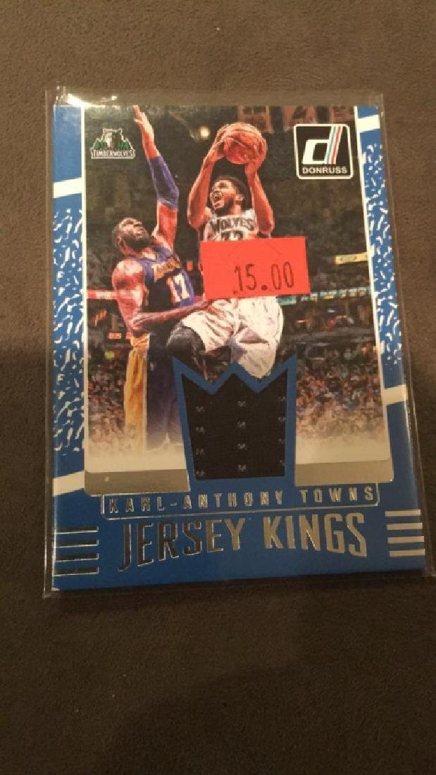 Carl Anthony towns 2016 17 Donruss jersey kings