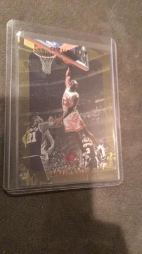 Michael Jordan 1998 Sp Authentic #23