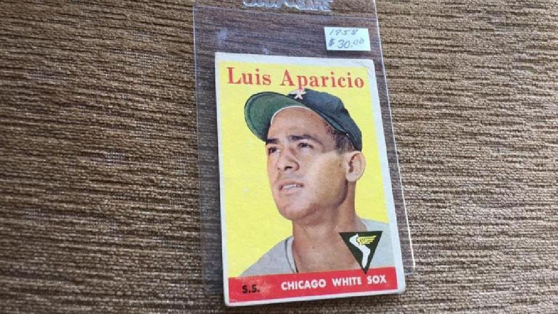Luis Aparicio 1958 topps vintage baseball card