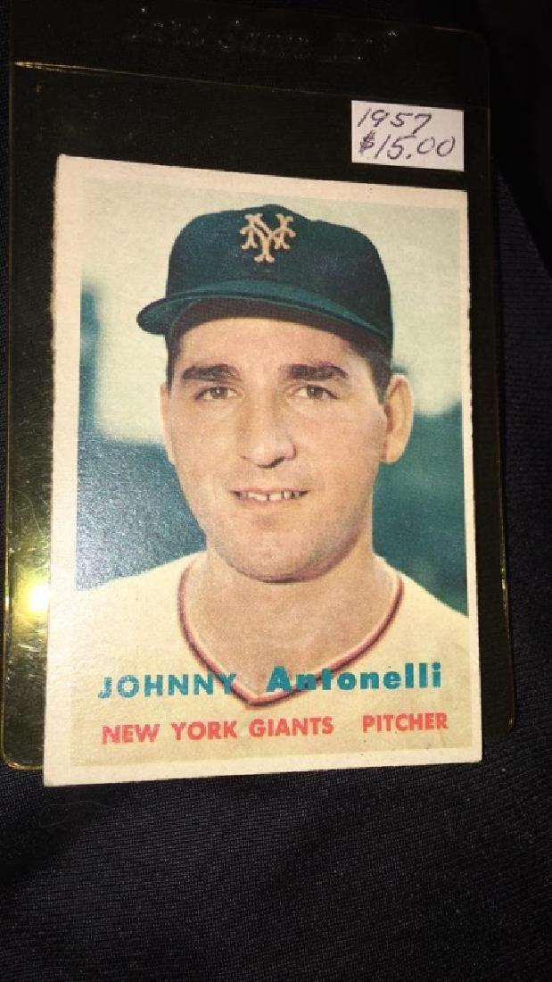 Johnny Antonelli 1957 topps vintage baseball card