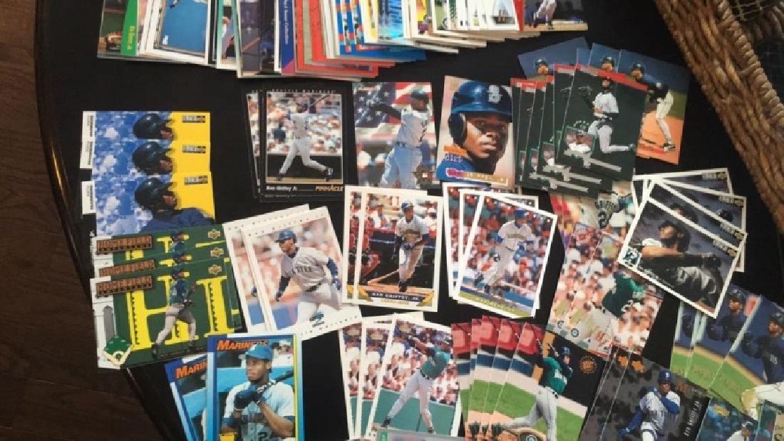 Lot of over 150 ken Griffey Jr baseball cards - 3