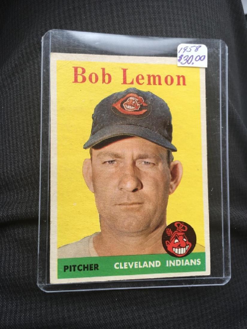 1958 Topps #2 WT Bob Lemon (White Team)