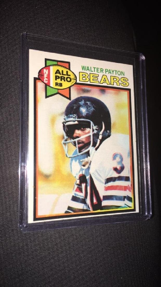 Walter Payton 1979 tops football card